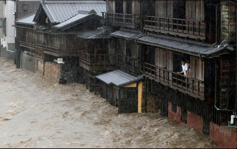 Autoridades japonesas activaron la alerta máxima por lluvias, ante el próximo tifón