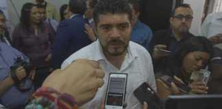 El secretario de Educación de Veracruz, Zenyazen Escobar García dio a conocer que ya cuentan con el recurso para que se conformen las cooperativas escolares en secundarias y telesecundarias, con un monto aproximado de 35 mil pesos, para cada una.