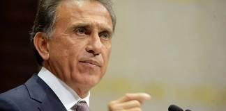 Al respecto de la detención de Bernardo Segura, ex titular de la Secretaría de Finanzas y Planeación, el ex gobernador Miguel Ángel Yunes Linares se pronunció al respecto.
