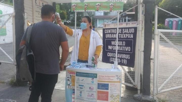 Instala Salud módulos informativos sobre COVID-19 en 11 municipios de la Huasteca