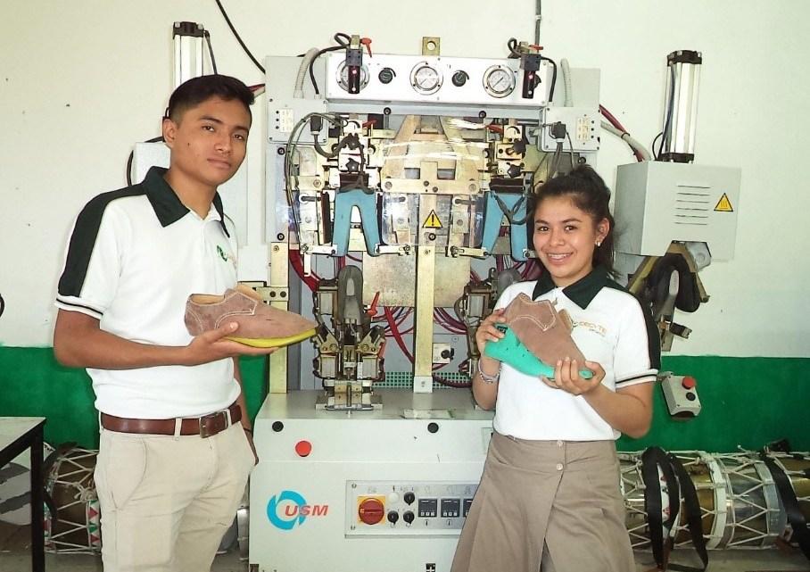Ofrece CECYTEV bachillerato con Formación Dual para 3 mil 880 estudiantes