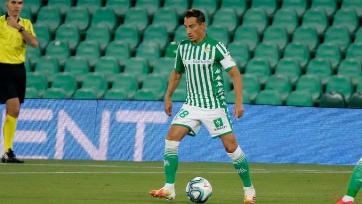 Andrés Guardado supera el COVID-19 y vuelve a entrenar con el Betis
