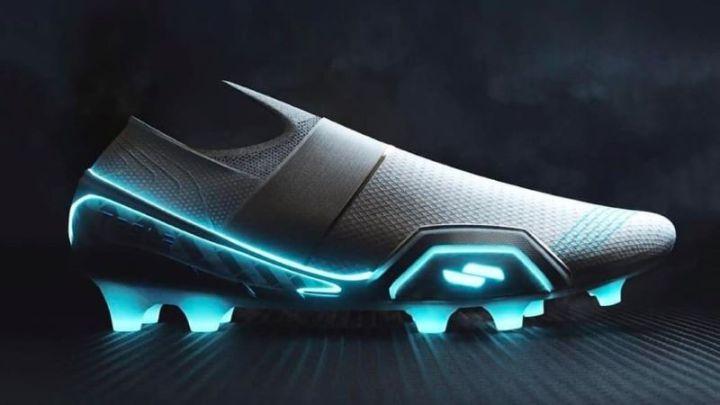 El ex diseñador de Nike y Adidas crea los tachones Tesla para soccer