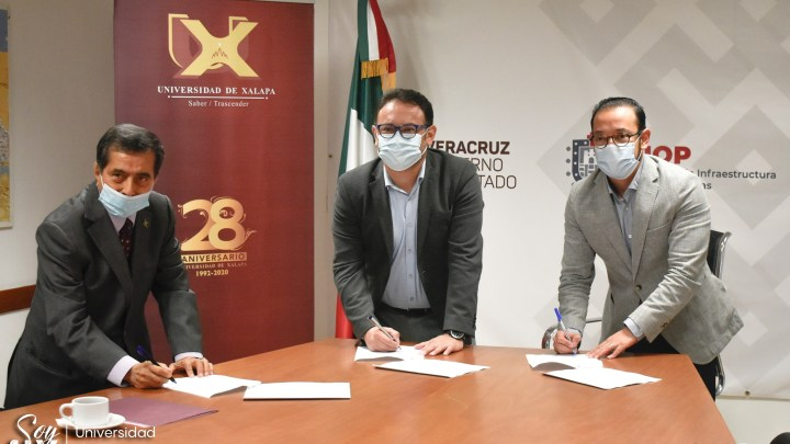 Firma de convenio de colaboración celebrado con la Secretaría de Infraestructura y Obras Públicas