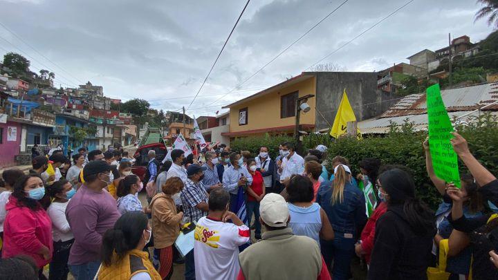 Xalapa necesita un gobierno cercano, que atienda a la gente: David Velasco.