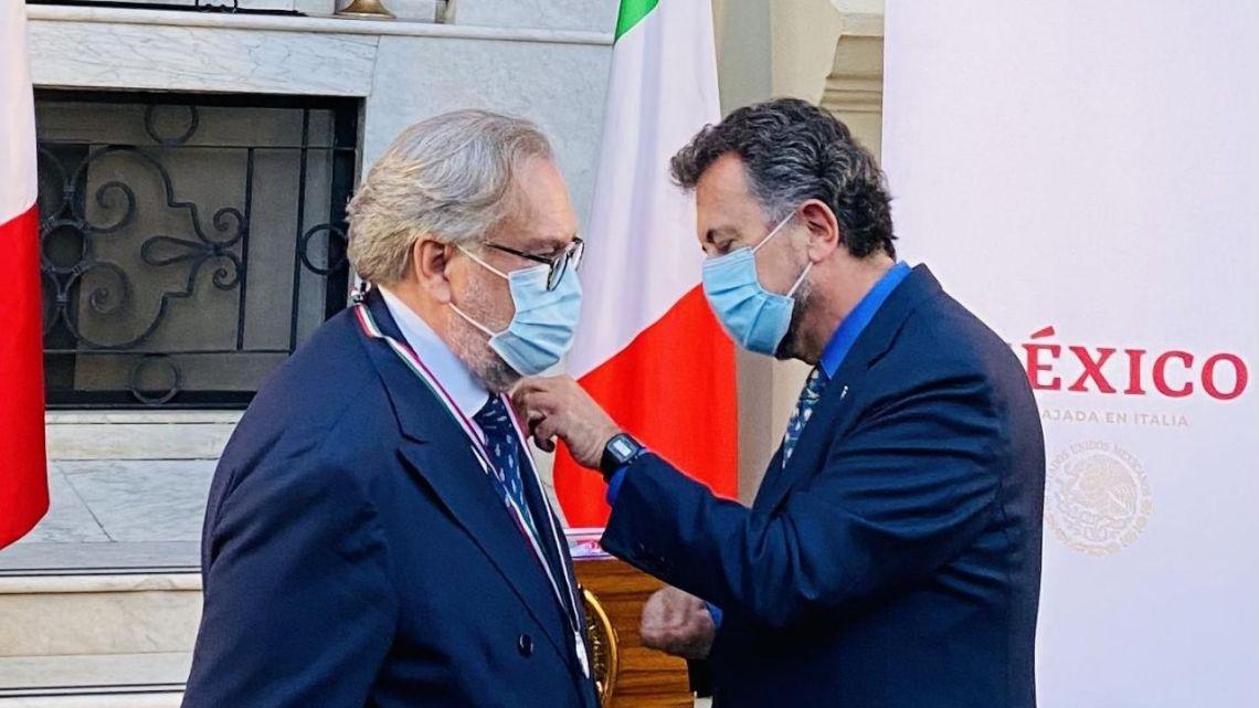 Otorgan en Roma el premio Ohtli al mexicano-español José Ramón Dosal Noriega