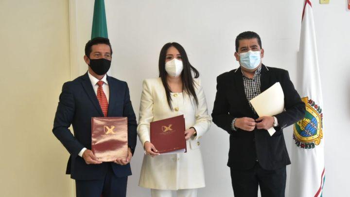 Formaliza la Universidad de Xalapa, convenio de colaboración con el DIF estatal