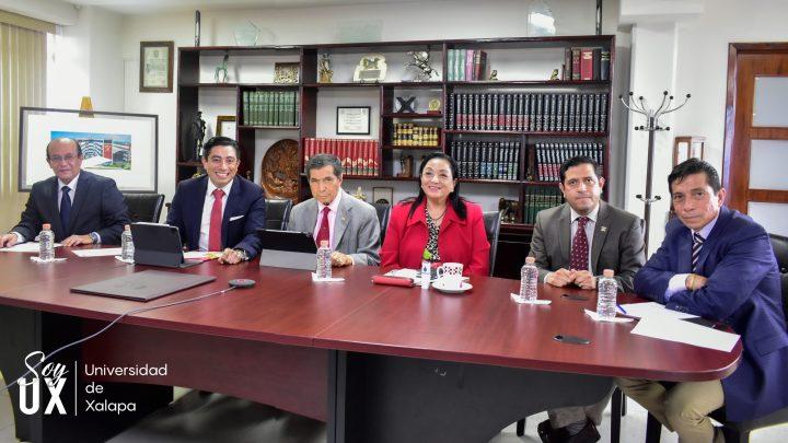 """Instaura la Universidad de Xalapa la cátedra """"Dr. David Arellano Gault"""""""
