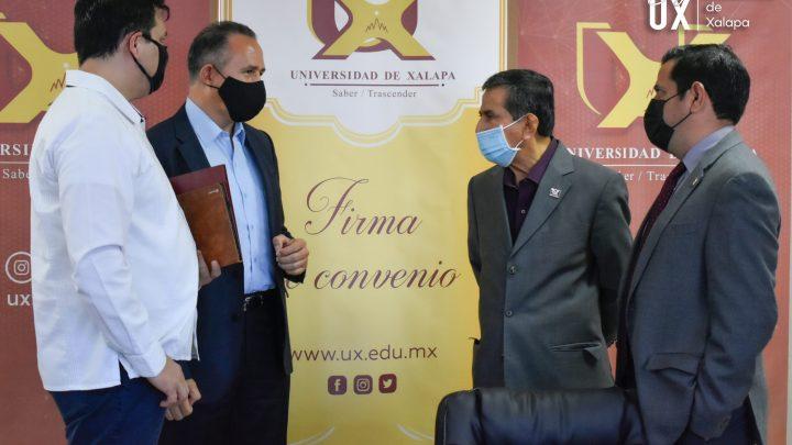 Establecen convenio de colaboración el INE y la UX