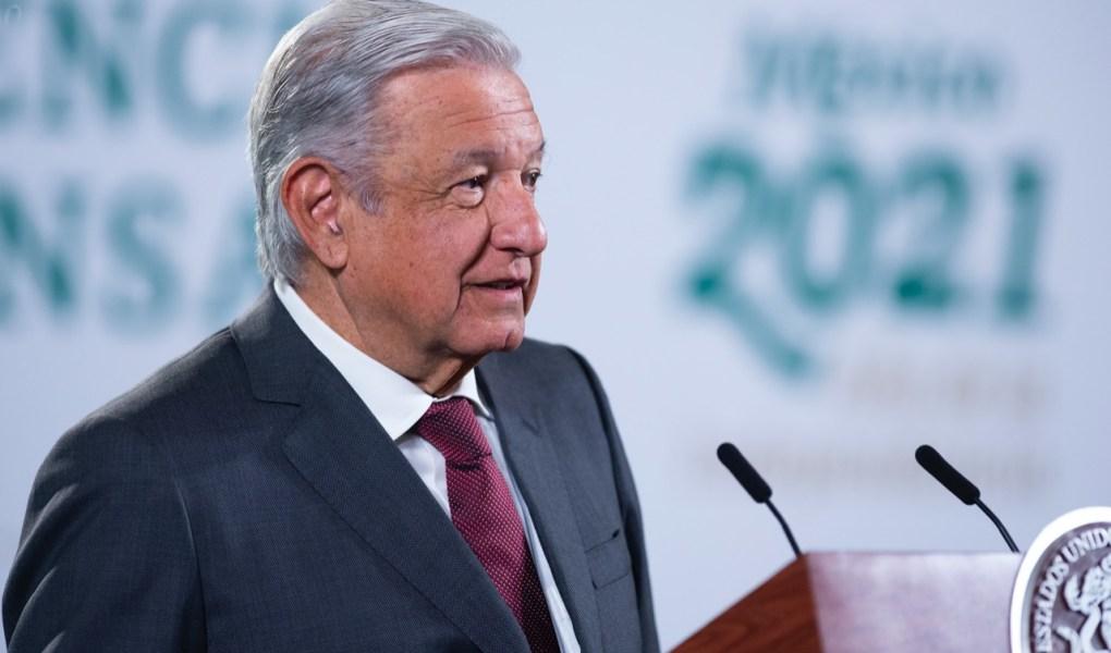 AMLO analiza eliminar Artículo 33 de la Constitución referente a extranjeros en México