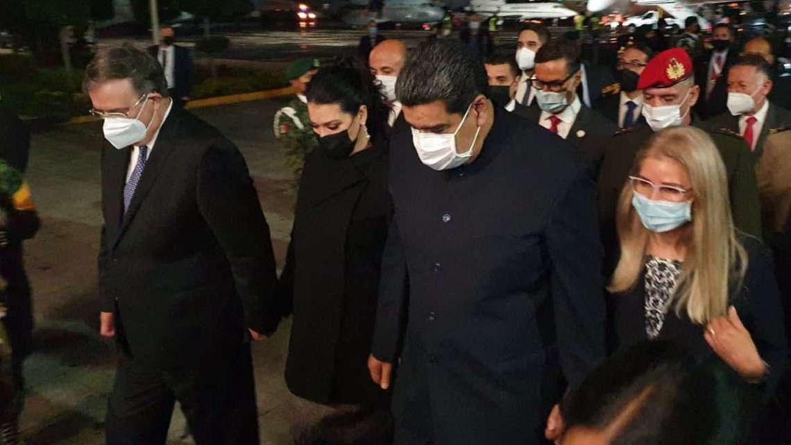 Sorpresivamente llega Nicolas Maduro a México