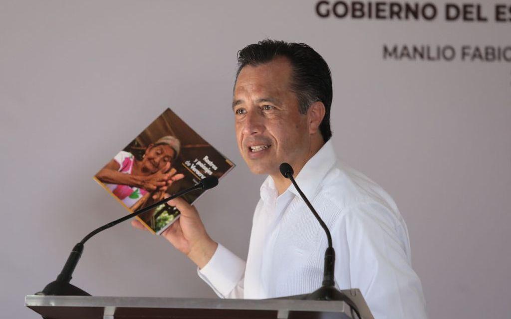 Insta gobernador a nuevos alcaldes a no anteponer diferencias ideológicas