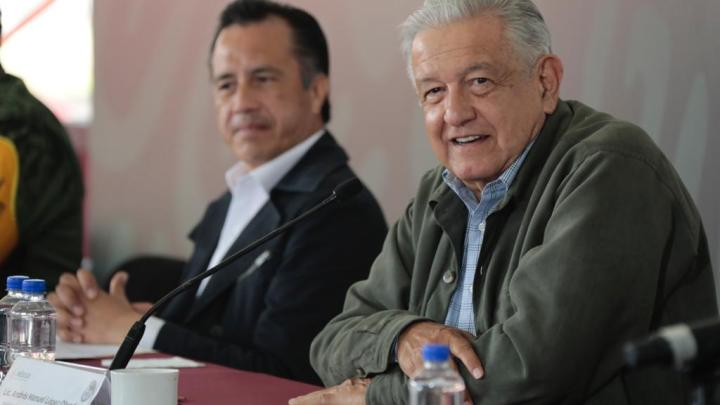 """Sin FONDEN se entregan 1.5 millones a afectados por """"Grace"""": Cuitláhuac García"""