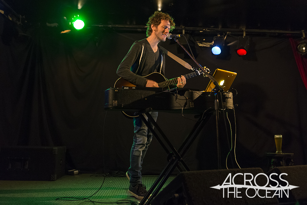Ian Ball  The Brass Monkey 27th Nov 13  Review