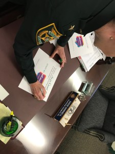 Sheriff Darnell signs the pledge to Start By Believing
