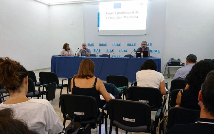 "Encontre ""Formación al Servicio de la Empresa"" Juan Manuel Bernal Lozano, cap d'estudis del IES La Foia"