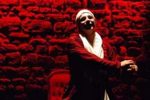 Argan, le malade (Pierre-François Kettler) danse sa maladie de l'angoisse