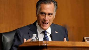 Romney Says He'll Back Rush to Name Ginsburg Successor 8