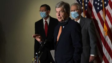 Senate GOP Wants to Freeze Pay for All Federal Workers During a Pandemic 17
