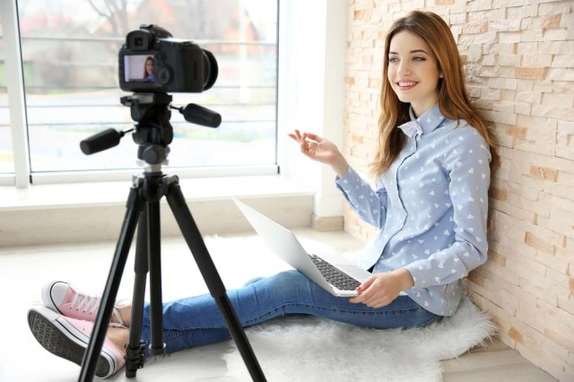 Top 9 Best Cameras for Vlogging - Acting in London