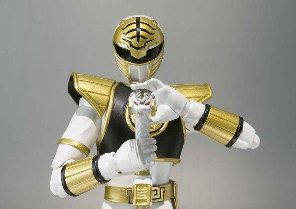 Power Rangers White Ranger Sh Figuarts Action Figure