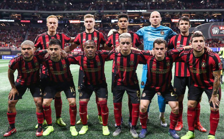 Atlanta Untied soccer team pose for pregame photo