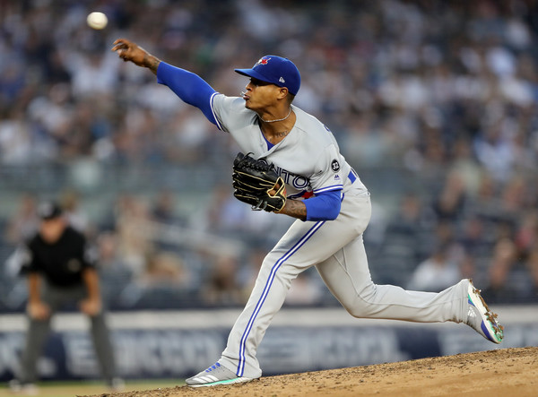 Marcus Stroman throws a picth for the Toronto Blue Jays