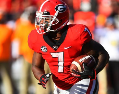 DeAndre Swift makes a run at Samford Stadium #UGA