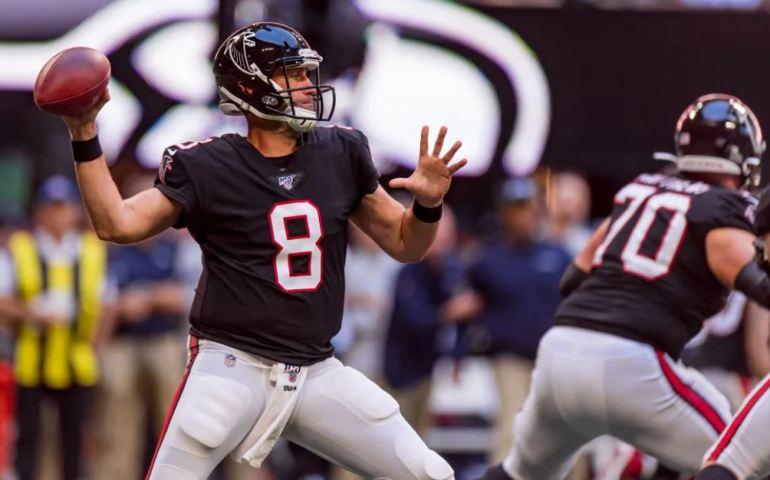 Matt Schaub fills in for Matt Ryan of the Atlanta Falcons