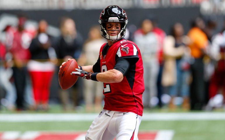 Matt Ryan throws a pass #NFL, #dirtybirds, #falcons, #inbrotherhood, #atlantafalcons, #ATL, #ASN #nfc, #nfcsouth
