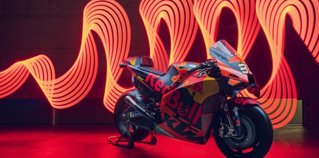 Red Bull KTM Factory Racing 2021 line-up set with Binder and Oliveira