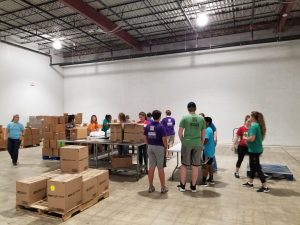 Packing breakfast for kids. #YouthHelpingYouth