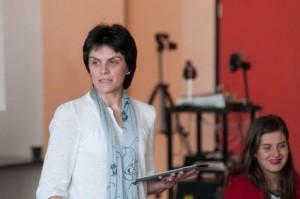 Jennifer Mackerras teaches Alexander Technique for vocal problems