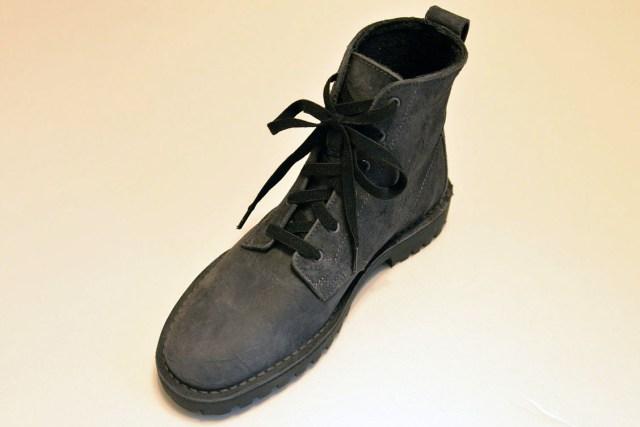 seria-shoelace