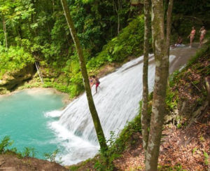 Plan your vacation with Active Caribbean Travel – Discover Jamaica's waterfalls with a knowledgeable guide