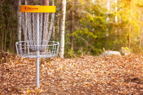 there are several frisbee disc golf courses in the pittsburgh area that are free to the public