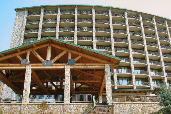 the lodge at seven springs mountain resort near pittsburgh pennsylvania