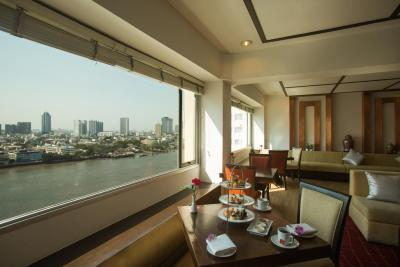 Get the celebrity treatment with world-class service at Ramada Plaza by Wyndham Bangkok Menam Riverside