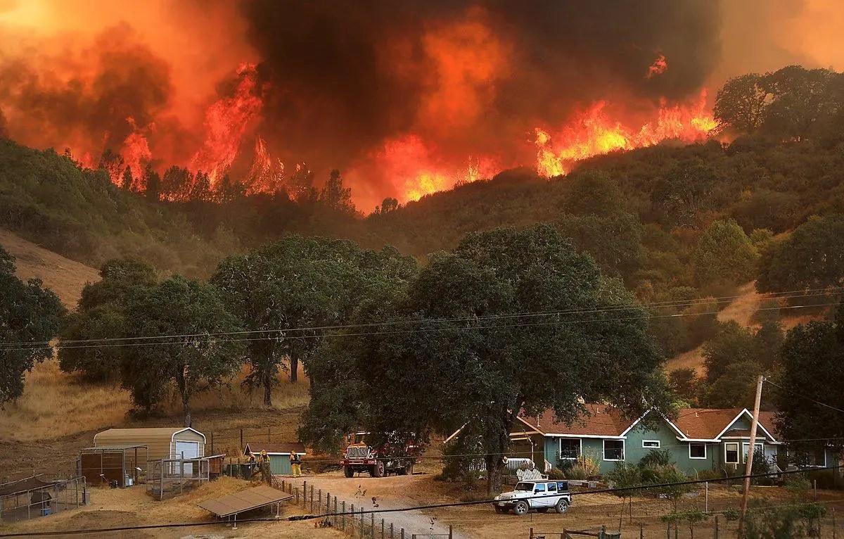 Resultado de imagen para Mendocino Complex Fire