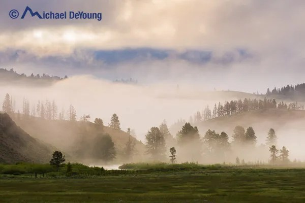 morning-fog-stanley-idaho