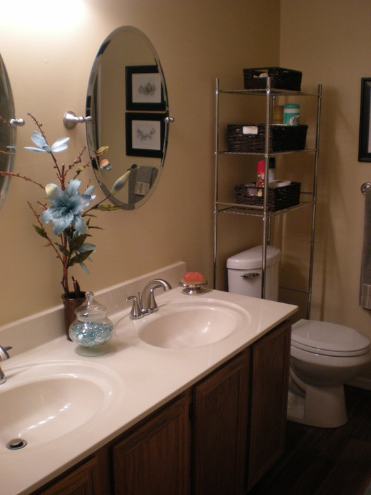 Home Staging: Bath Room After