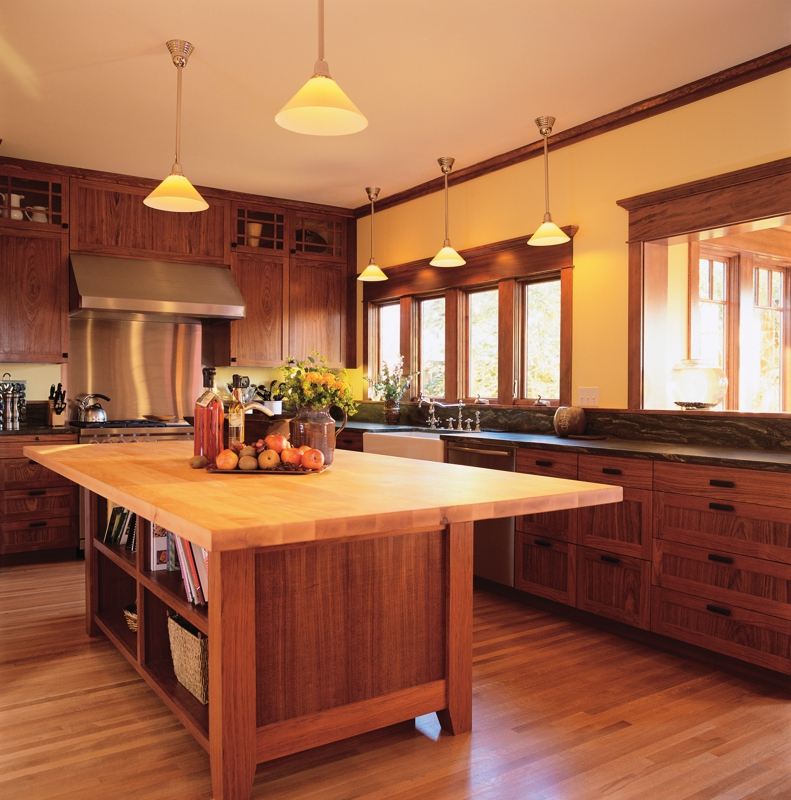 Kitchen Flooring  Which Is Better  Hardwood Flooring Or
