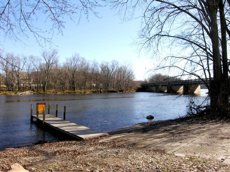 Grand River Ada Michigan