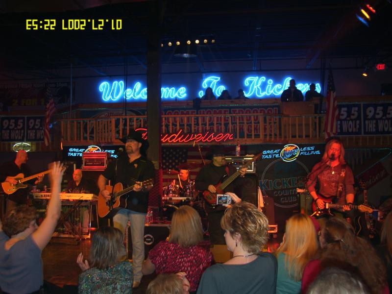 Confederate Railroad live at Kickers Country Club -Clarksville, TN (1-27-07) Photo by Roland Woodworth