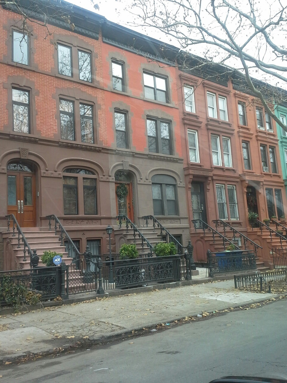 brownstones of bedford stuyvesant brooklyn, reak estate agents in brooklyn