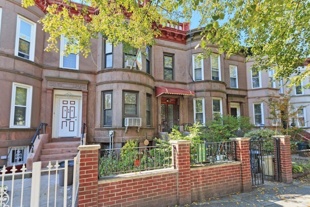 one family homes in flatbush brooklyn, real estate agents in brooklyn, real estate agents in nyc
