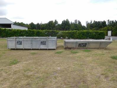 Metal bin — Rubbish Remova in Bundaberg, QLD