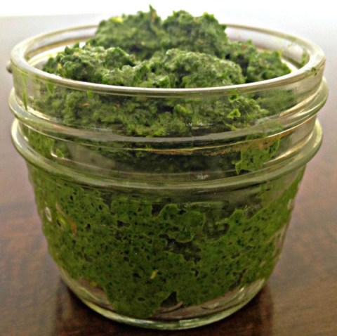 kale-pesto-in-jar