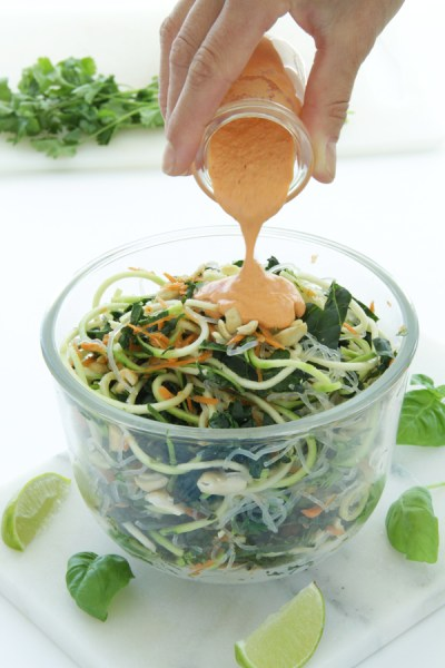 Raw Pad Thai by Active Vegetarian #raw #vegan #plantbased 5