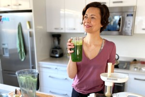 Antiviral green juice for your immune system
